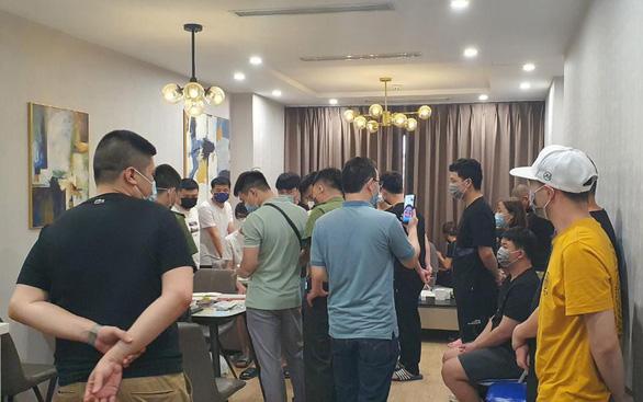 46 người nhập cảnh trái phép ở Hà Nội được phát hiện trong đêm là người Trung Quốc - Ảnh 2.