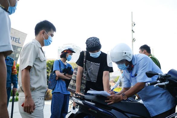 Bộ Y tế khẩn tìm người đến quán bar, karaoke, khách sạn, bệnh viện ở Đà Nẵng - Ảnh 1.