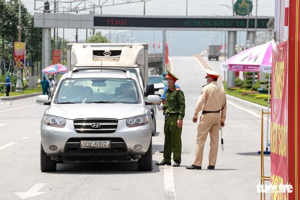 TP.HCM sáng nắng chiều mưa, Thanh Hóa đến Phú Yên nắng nóng trên 39 độ C - Ảnh 2.