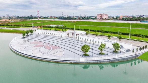 Van Phuc Group đẩy mạnh tiến độ thi công công trình Nhạc Nước trăm tỉ - Ảnh 2.