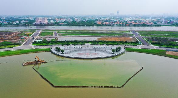 Van Phuc Group đẩy mạnh tiến độ thi công công trình Nhạc Nước trăm tỉ - Ảnh 3.