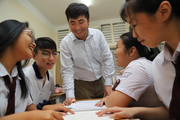 Cách nộp hồ sơ xét tuyển vào lớp 10 chuyên Trường trung học Thực hành - Ảnh 1.