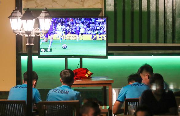 Quế Ngọc Hải, Lương Xuân Trường xem chung kết C1 tại UAE - Ảnh 1.