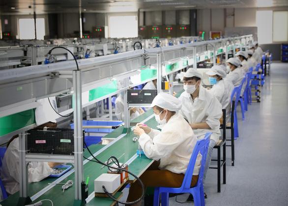 Bắc Giang sẽ hoàn tất tiêm vắc xin cho công nhân trong 7 - 10 ngày - Ảnh 1.