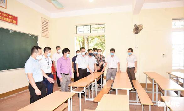Nghệ An, Hà Tĩnh khử khuẩn toàn bộ trường thi vào lớp 10 - Ảnh 2.