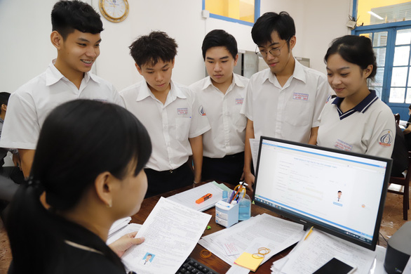 Đề thi tốt nghiệp THPT 2021 có điều chỉnh do dịch bệnh? - Ảnh 1.