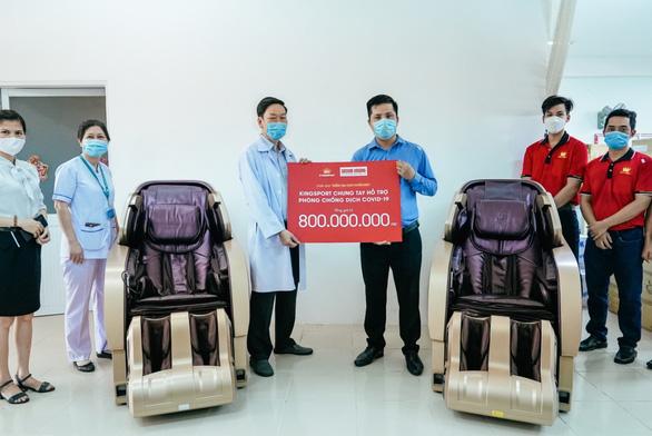 Kingsport trao 800 triệu đồng tiếp sức y - bác sĩ tuyến đầu chống COVID-19 - Ảnh 2.