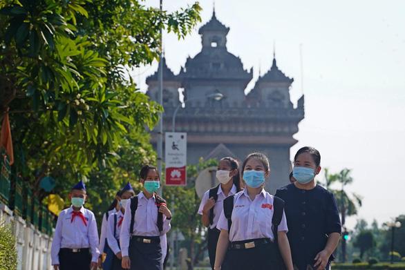 Việt Nam tổ chức chuyến bay đặc biệt, khẩn cấp hỗ trợ Lào chống COVID-19 - Ảnh 1.