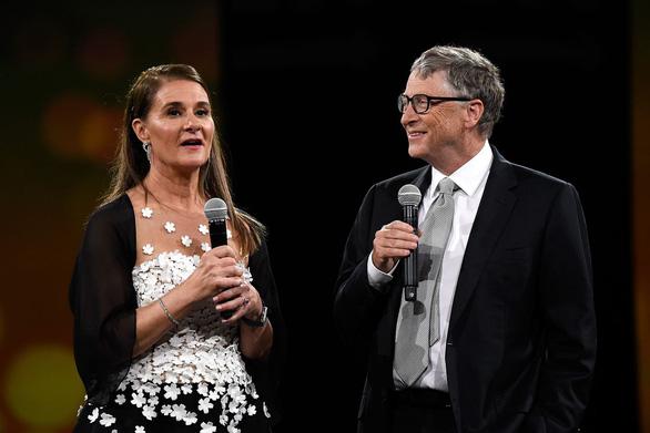 Thế giới sốc khi vợ chồng Bill Gates đường ai nấy đi - Ảnh 1.