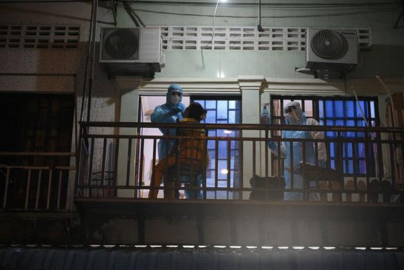 Campuchia có gần 1.000 ca nhiễm mới, từ ngày đen tối thành tuần đen tối - Ảnh 1.