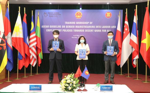 Cải thiện bình đẳng giới, ASEAN có thể 'thu lợi' 370 tỉ USD - Ảnh 1.