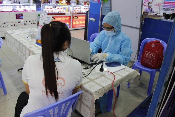 TP.HCM mở rộng danh sách người phải cách ly y tế liên quan dịch COVID-19 - Ảnh 1.