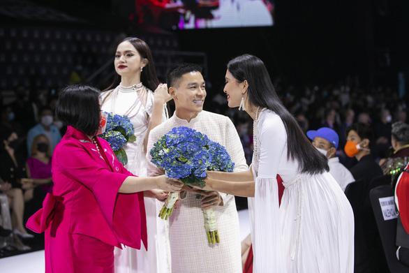 What do Ngo Thanh Van, Victor Vu, Minh Hang say when the cinema closes - Photo 4.