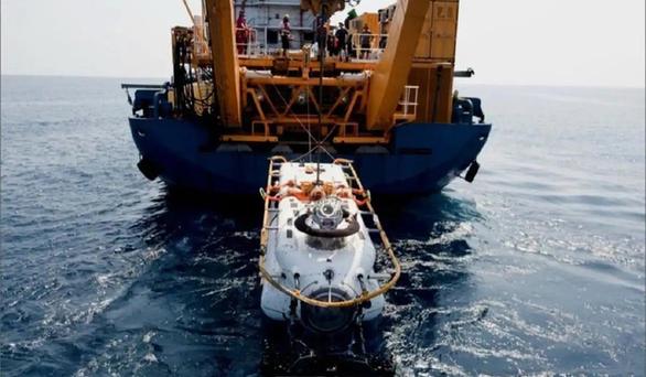 Ly kỳ giải cứu tàu ngầm dưới biển khơi - Kỳ 3: Chiếc tàu ngầm không may mắn - Ảnh 3.
