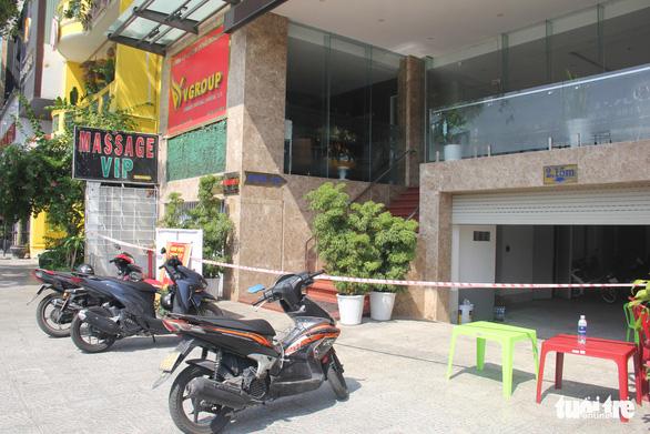 Nhân viên massage nghi mắc COVID-19 mới tới Đà Nẵng vài ngày - Ảnh 1.