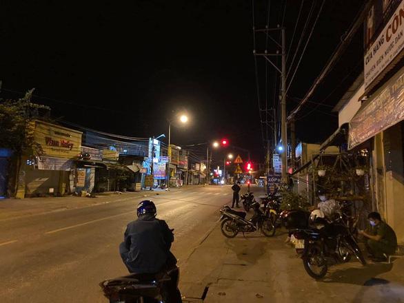 Ca nghi nhiễm COVID-19 từ Đà Nẵng về, Đồng Nai họp khẩn trong đêm - Ảnh 2.