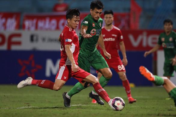 CLB Viettel chọn sân Việt Trì để đấu với Hồng Lĩnh Hà Tĩnh, vòng 13 V-League diễn ra bình thường - Ảnh 1.