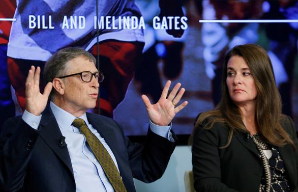 Vợ chồng tỉ phú Bill Gates bắt đầu chia tài sản 145 tỉ USD - Ảnh 1.