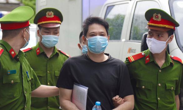Một bị cáo trong vụ buôn lậu tại Công ty Nhật Cường đã chết - Ảnh 1.