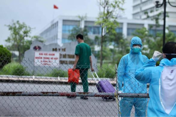 Nguồn lây chùm 14 ca bệnh tại Bệnh viện Bệnh nhiệt đới trung ương: Lây từ khu vực điều trị nội trú - Ảnh 1.