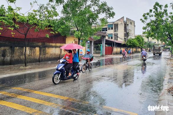 1.400 học sinh Bắc Ninh trở lại trường sau sự cố nước thải nhà máy giấy - Ảnh 4.