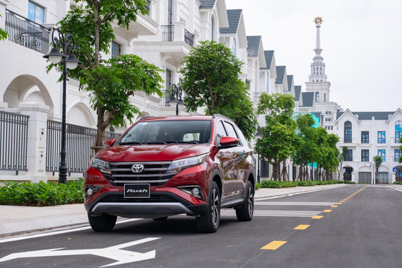 Tăng tiện nghi và ưu đãi cho khách hàng mua xe Toyota Rush - Ảnh 1.