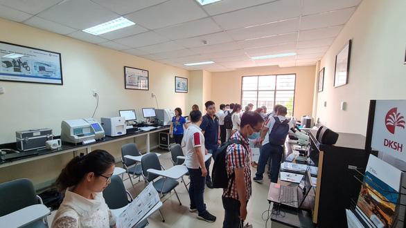 DKSH khai trương trung tâm thí nghiệm thiết bị khoa học tại Việt Nam - Ảnh 1.