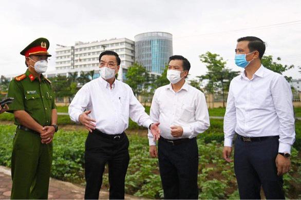 Chủ tịch Hà Nội: Người dân không ra khỏi nhà khi không có việc cần thiết - Ảnh 1.