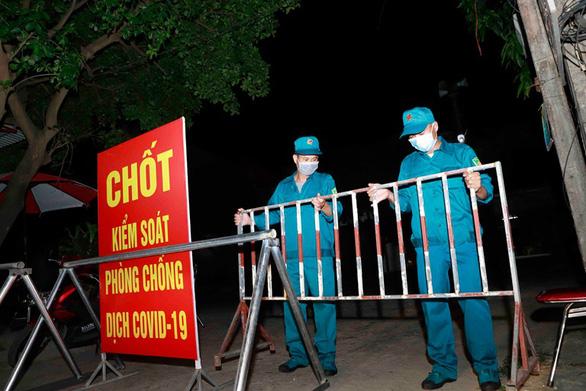 Lập 9 chốt kiểm soát COVID-19 ở cửa ngõ tỉnh Vĩnh Phúc - Ảnh 1.
