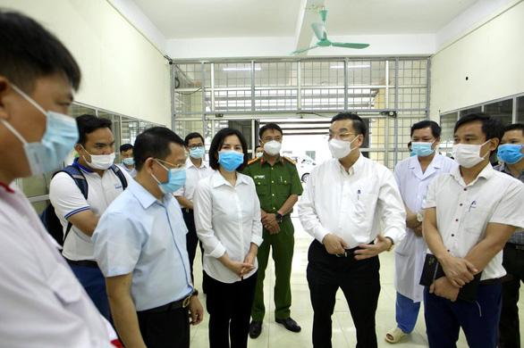 Hà Nội thêm 4 ca, Hưng Yên thêm 2 ca liên quan Bệnh viện Bệnh nhiệt đới trung ương - Ảnh 1.