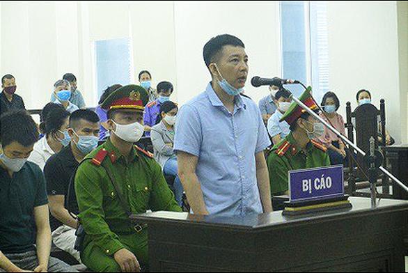 Phó tổng giám đốc Nhật Cường từng xin nghỉ việc vì biết công ty buôn lậu - Ảnh 1.