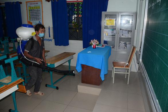 Các trường ở Cần Thơ, Bình Thuận phải thi học kỳ 2 xong trước ngày 15-5 - Ảnh 1.