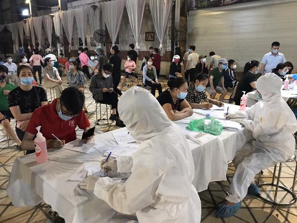 Bắc Ninh phát hiện thêm 14 ca mắc COVID-19 ở ổ dịch Thuận Thành - Ảnh 1.