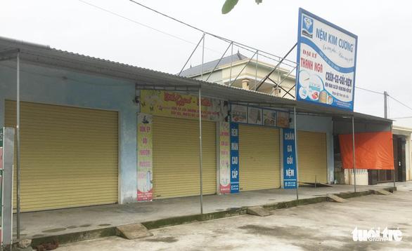 Hà Tĩnh phong tỏa hai thôn hơn 1.800 người sau 2 ca tái dương tính - Ảnh 1.