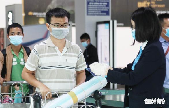 23/32 F1 của hai cô gái tái nhiễm COVID-19 ở Hà Tĩnh âm tính - Ảnh 2.