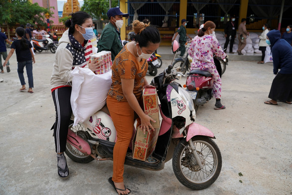 Campuchia: Cả nước thêm 650 ca COVID-19, Phnom Penh dỡ phong tỏa trong lo lắng - Ảnh 1.