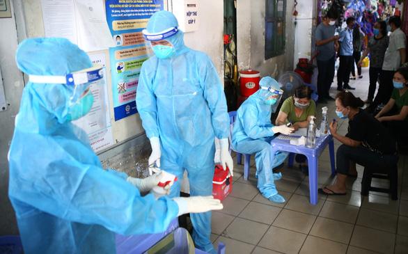 KHẨN: Người đến Ngân hàng Shinhan ở Tân Bình liên hệ ngay y tế - Ảnh 1.