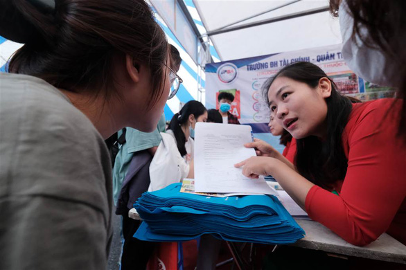 ĐH Quốc gia Hà Nội điều chỉnh thời gian đợt thi 4, 5, 6 của kỳ thi đánh giá năng lực - Ảnh 1.