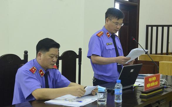 Bùi Quang Huy điều hành đường dây buôn lậu hơn 2.900 tỉ đồng trong thời gian dài - Ảnh 1.