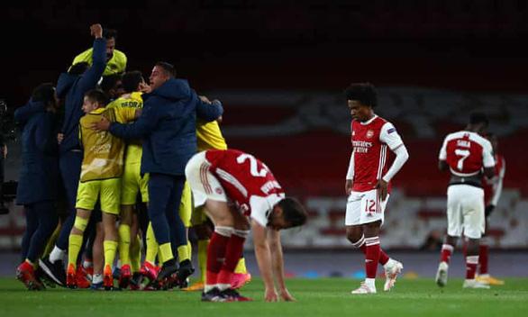 Cột dọc 2 lần cứu thua, Villarreal giành vé vào chung kết Europa League - Ảnh 3.