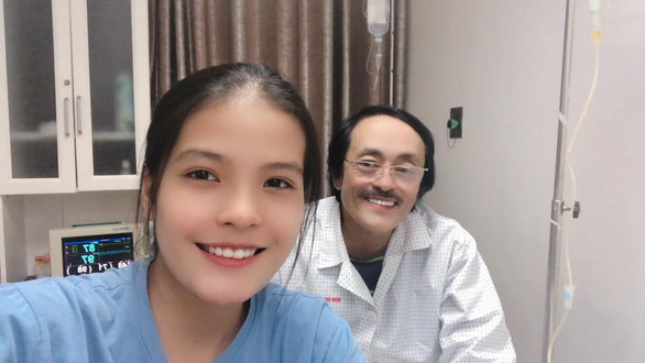 Ung thư trở nặng, nghệ sĩ Giang còi nhập viện, con gái lo dư luận 'cay nghiệt' - Ảnh 1.