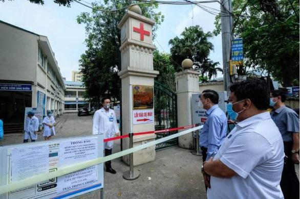 10 ca dương tính tại Bệnh viện K, chủ tịch Hà Nội yêu cầu cách ly cả 3 cơ sở của bệnh viện - Ảnh 8.