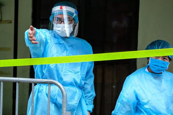10 ca dương tính tại Bệnh viện K, chủ tịch Hà Nội yêu cầu cách ly cả 3 cơ sở của bệnh viện - Ảnh 1.