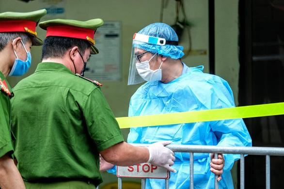Hà Nội thêm 7 ca COVID-19, 5 người là F1 của ca bệnh liên quan chuyên gia Trung Quốc - Ảnh 1.