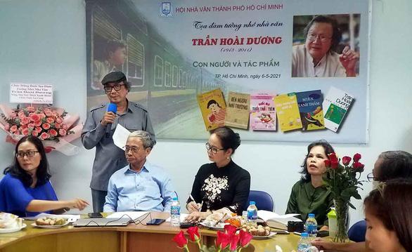 Trần Hoài Dương: Viết cho thiếu nhi như một thứ đạo ở đời - Ảnh 1.
