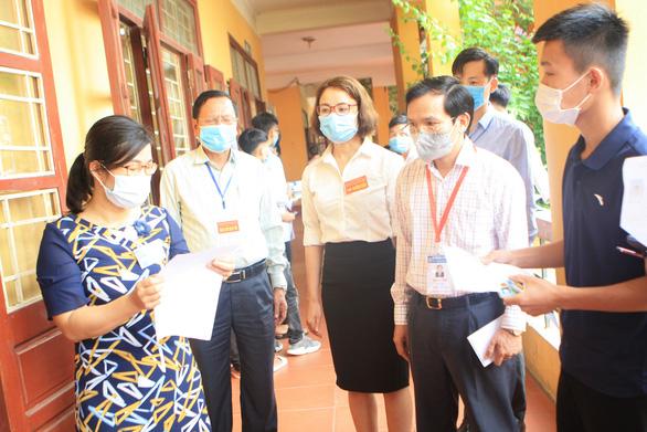 Cục trưởng Mai Văn Trinh: Sẽ tổ chức nhiều đợt thi tốt nghiệp THPT nếu cần thiết - Ảnh 1.