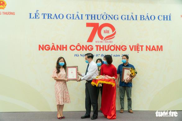 Cơ hội cuối cùng cho công nghiệp ôtô Việt Nam? đoạt giải A giải báo chí 70 năm ngành công thương - Ảnh 1.