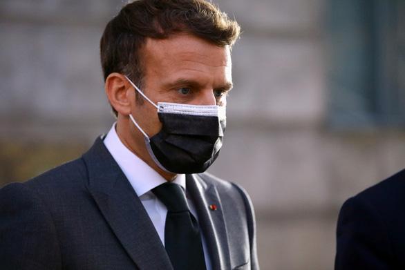 Pháp kêu gọi Anh, Mỹ hỗ trợ vắc xin COVID-19 cho nước nghèo - Ảnh 1.