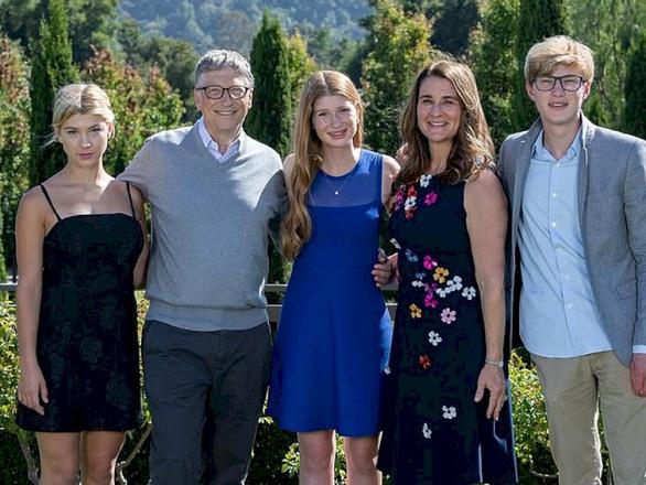 Gia đình giận dữ với Bill Gates vì nhiều thứ ông ấy đã làm? - Ảnh 1.