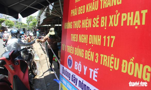 Trước giờ tem phiếu, chợ Đà Nẵng vẫn vắng vì năm ngoái ăn đồ tủ lạnh ớn rồi - Ảnh 4.